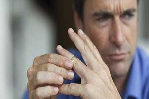 تاثیرات تلخ طلاق روی مردان