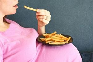 پیشگیری از اضافه وزن و چاقی در دوران بارداری