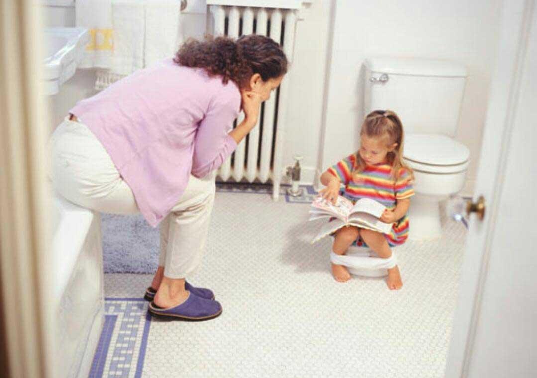 آموزش دستشویی به کودکان به سبک اروپایی ها!