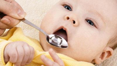 مکمل های غذایی را از چه سنی به کودک خود بهیم؟