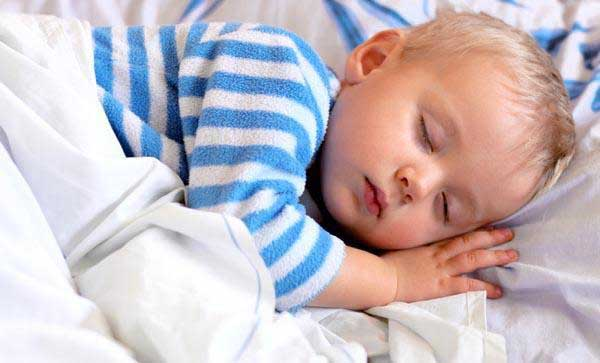 دلایل اختلال خواب در کودکان از افسردگی تا مشکلات تیروئید