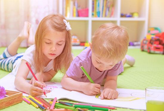 تربیت فرزندان شاد با این راهکارها و ایده های روانشناسانه