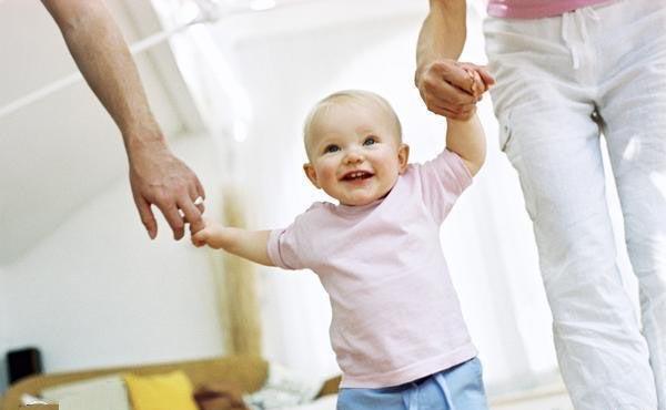 جدا کردن کودکان از اتاق و زندگی خصوصی پدر و مادر ها