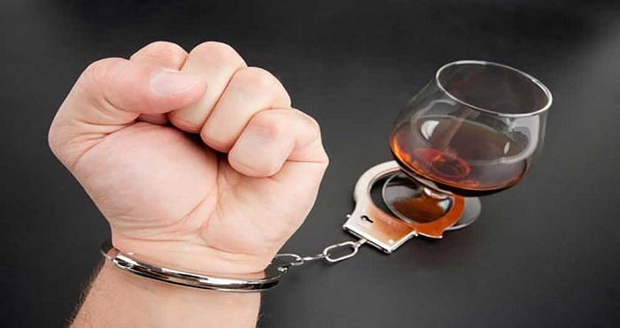 مادران الکلی فرزندشان به سندرم جنین الکلی مبتلا میشوند