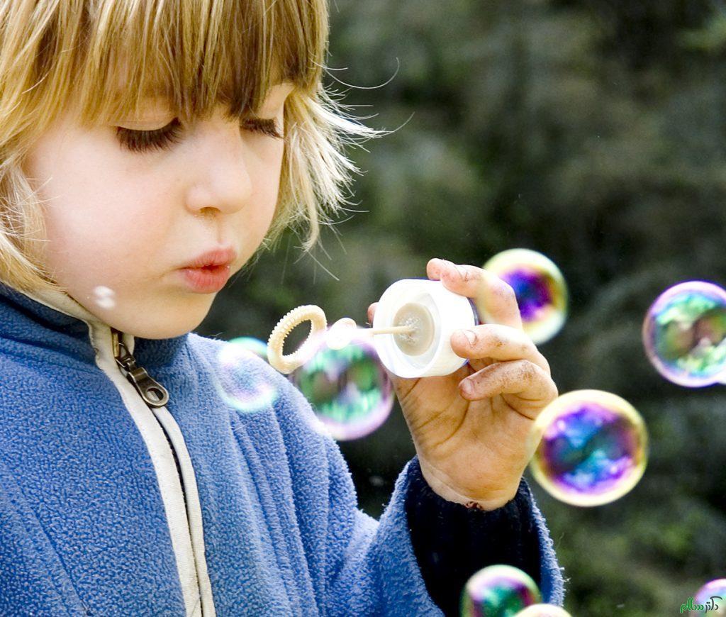 فواید حباب سازی برای کودک