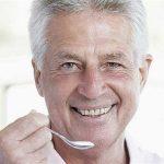 مواد غذایی ضروری برای افراد بالای 45 سال