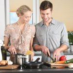 مصرف کمتر نمک و شیرینی در مردان پس از ازدواج