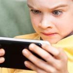 آموزش استفاده صحیح از تلفن همراه به نوجوان