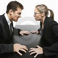 رفتارهای مردانه که برای زنان رنج آور است