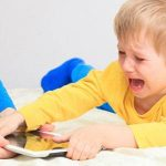 چگونه با کودکان ۳ الی ۴ سال رفتار کنیم؟