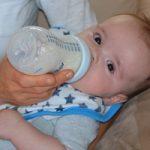 خطرناکترین شیوه تغذیه نوزادان که منجر به مرگ آنها میشود