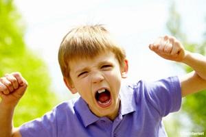 با کودکان پرخاشگر چگونه رفتار کنیم؟