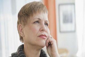 ۱۰ عامل اصلی رویش مو در چانه زنان