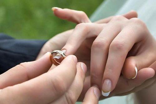 ازدواج مردان با زنان بزرگتر
