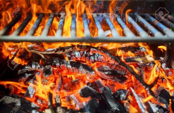 فوت و فنهای روشن کردن ذغال برای پختن یک کباب حرفه ای!