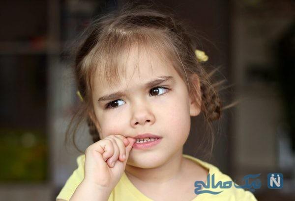 علت ناخن جویدن کودکان