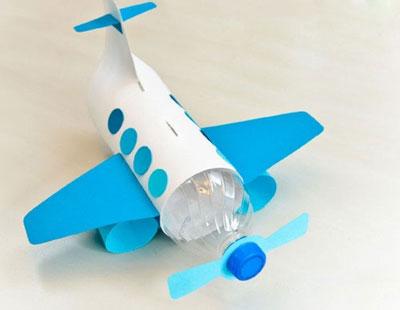 آموزش ساخت اسباب بازی هواپیما با وسایل دورریختنی+تصاویر