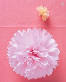 آموزش ساخت گل کاغذی بسیار ساده با دستمال کاغذی+ تصاویر