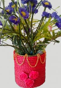 کاردستی گلدان ابتکاری بسیار زیبا با وسایل دورریختنی بسازید+تصاویر