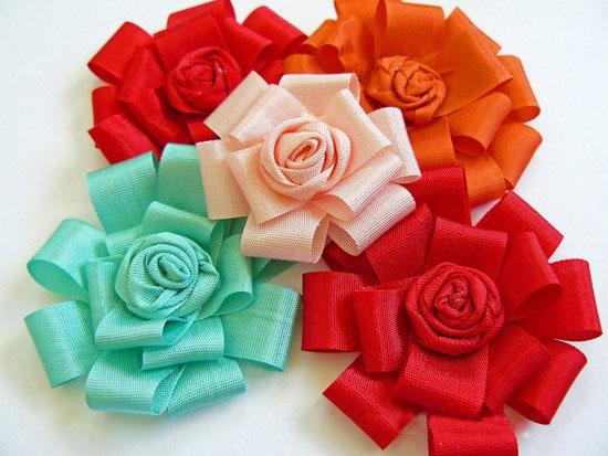 آموزش ساخت گل روبانی تزیینی بسیارساده و زیبا + تصاویر