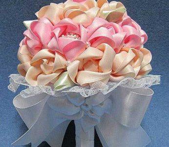 ساخت دسته گل عروس بسیار زیبا و راحت با روبان