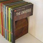 با کتاب هایتان یک صندوق مخفی درست کنید