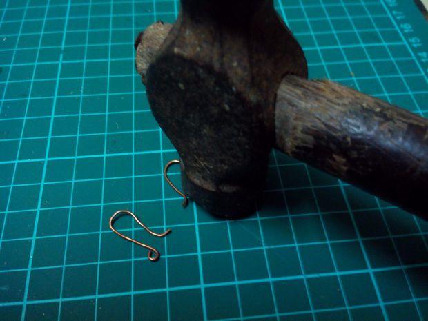 گوشواره فلزی