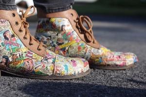 کفش های قدیمی را به کفش کمیک بوک تبدیل کنید!