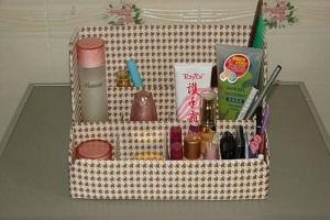 نحوه ساخت جعبه لوازم آرایش با وسایل ساده