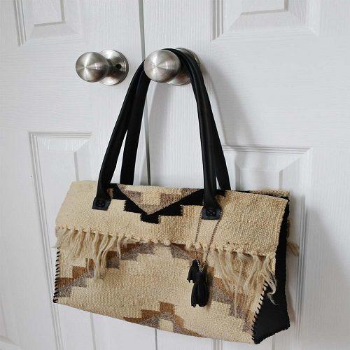 طریقه دوخت کیف گلیمی زیبا