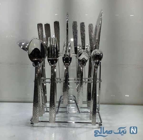 تزیین قاشق چنگال روی میز