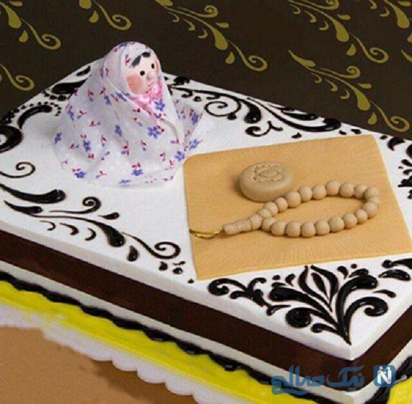 تزیین کیک جشن تکلیف