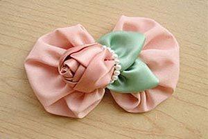 نحوه ساخت گل سر روبانی دست ساز+تصاویر