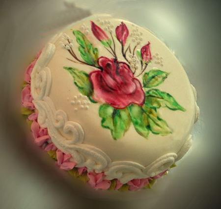 انواع مدل های طراحی روی کیک تولد +تصاویر