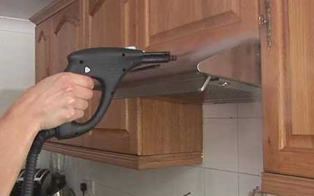 """ترفندی راحت برای تمیز کردن """"هود """" آشپزخانه"""