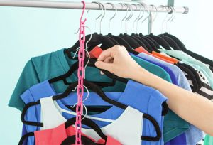 نحوه آویزان کردن لباس با ایده ای جالب+تصاویر