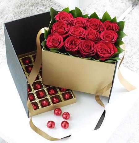 جعبه گل هدیه