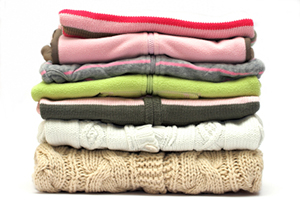 راهنمای شست و شوی و نگهداری صحیح لباس های زمستانی
