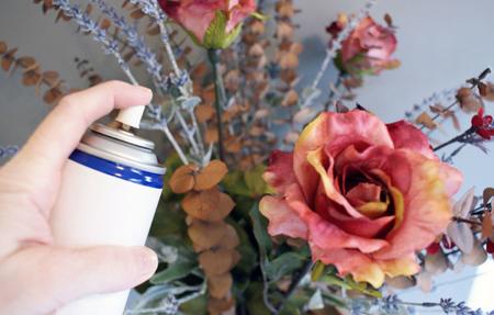 تمیز کردن گل های مصنوعی