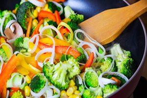 آشنایی با انواع روش های سالم برای پخت غذا مختلف