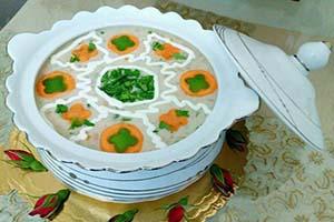 ایده هایی برای تزئین سوپ جو با شیر+تصاویر