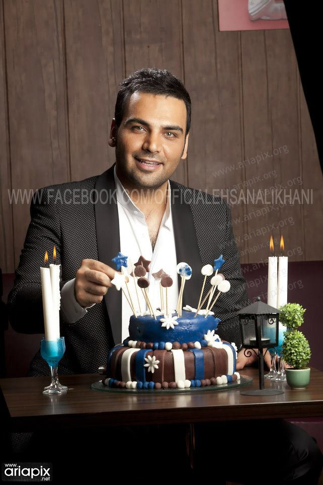 عکس های جدید تولد احسان علیخانی با حضور رفقای صمیمی اش