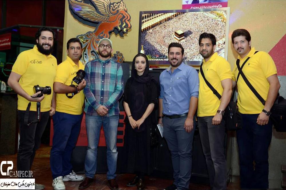 مینا ساداتی و دیگر بازیگران مشهور در سینما استقلال + تصاویر