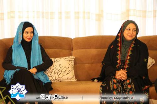 عکسهای جدید الناز حبیبی بازیگر سریال دردسرهای عظیم در برنامه صبح خلیج فارس