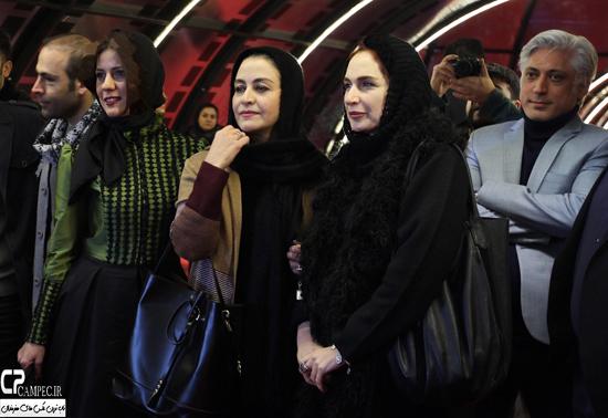 عکس های مراسم فرش قرمز فیلم گیتا با حضور بازیگران در جشنواره فیلم فجر