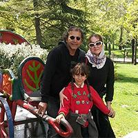 افشین سنگ چاپ بازیگر سینما و تلویزیون در کنار همسر و دخترش + بیوگرافی