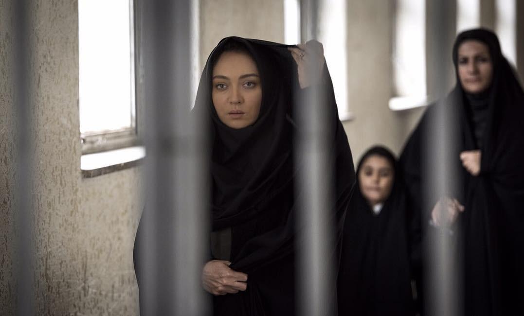 نیکی کریمی در فیلم آذر