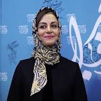 عکس های مریلا زارعی هنگام دریافت سیمرغ بهترین بازیگر زن در جشنواره فجر