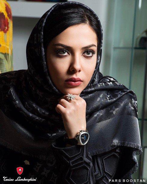لیلا اوتادی بازیگر سینما و تلویزیون