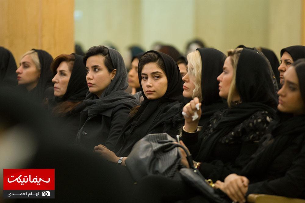 مراسم ختم بازیگران فرزندان علی معلم عکس جدید بازیگران خانواده علی معلم بیوگرافی علی معلم